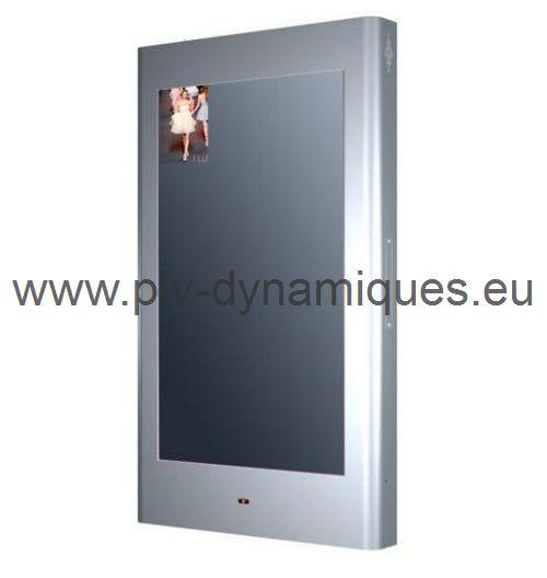 affichage dynamique - magic mirror avec la video en haut a gauche