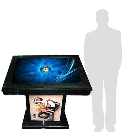 affichage interactif - table à pc intégré avec publicité sur le devant