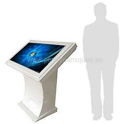 affichage interactif - table à pc intégré à l'échelle